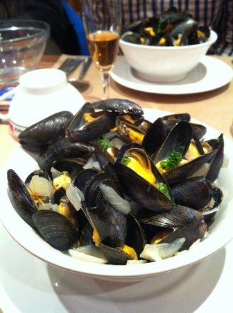Le Tourne Pierre : mussels