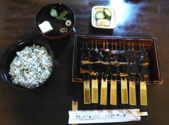 Kikuso: 豆腐の味噌田楽と菜めし