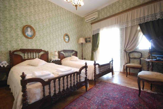 Le Chateau des Oliviers: Deluxe Double Room