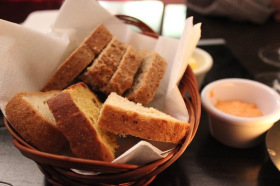 The Russell Restaurant: Mixed Bread Basket