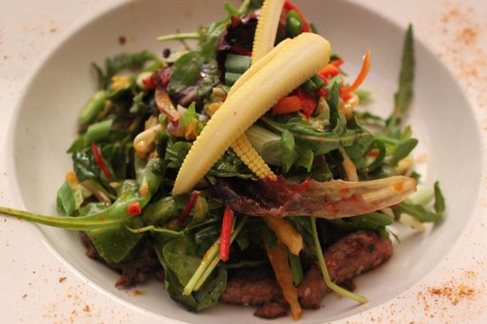 The Russell Restaurant: Warm Beef Salad