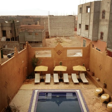 Riad Bouchedor: Zwembad