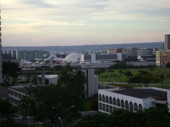 Nobile Suite Monumental: Vista do quarto para a área central de Brasília