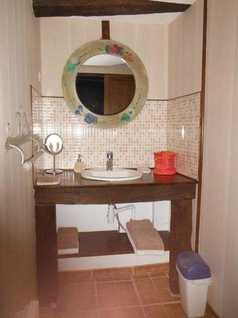 Le Clos : Salle de bain du Pressoir