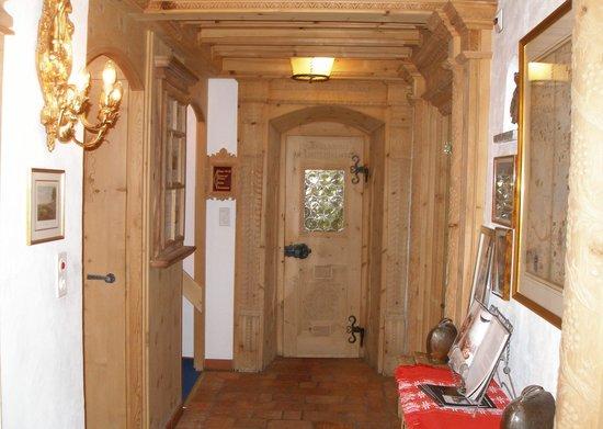Schlosshotel Chaste: Corridor