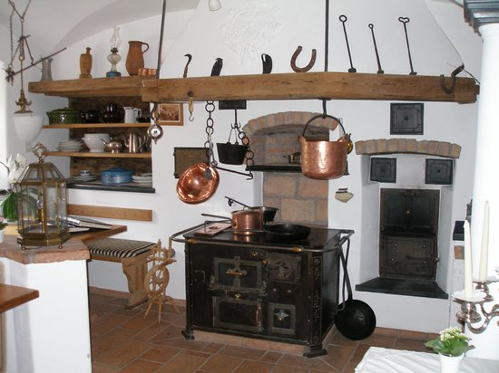 Schlosshotel Chaste: Preserved old kitchen
