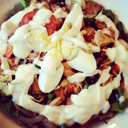 Big Chill: The Grilled Chicken Salad was an amazing recommendation