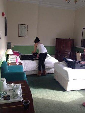 Hampton Court Palace Hotel: bedroom