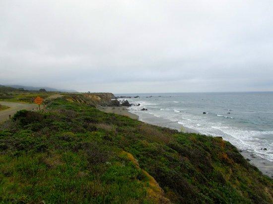 Howard Creek Ranch: Beach