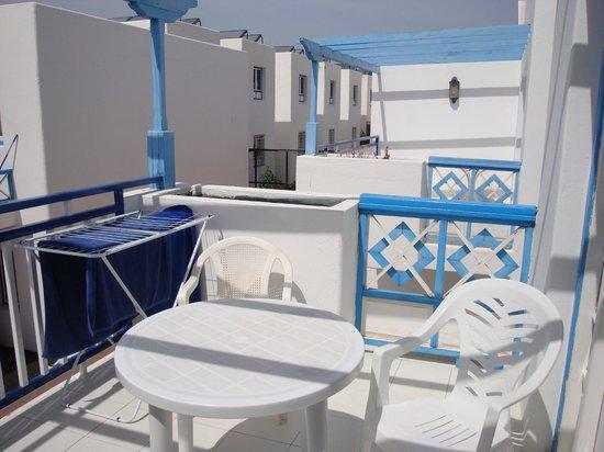 Atlantis Las Lomas: chalet balcony