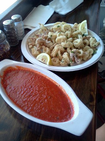 Mozzarella Fella: The best Fried Calamari ever!