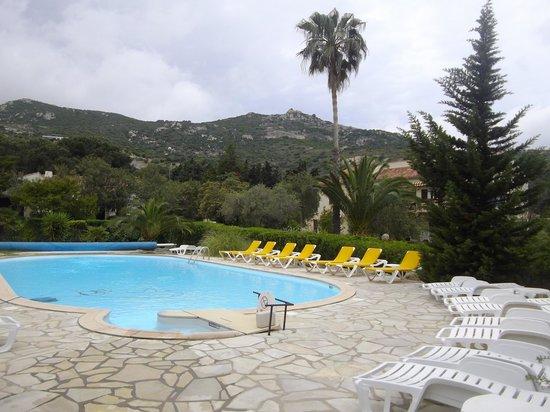 La piscine chauff e picture of casa oleanda calvi for Piscine chauffee
