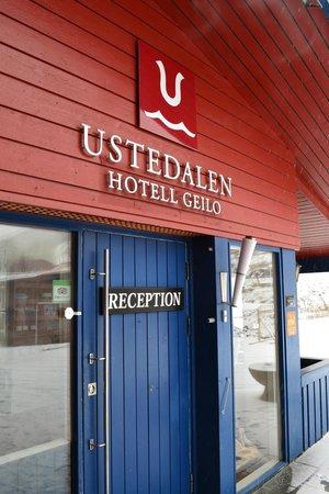 Ustedalen Hotel: Вход в отель