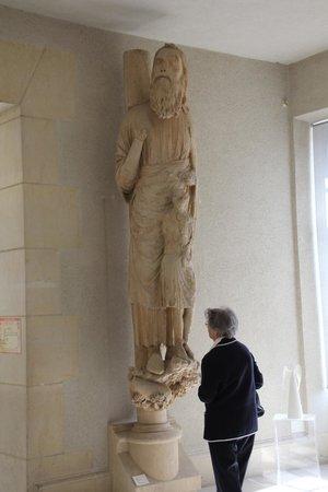 Palais du Tau: gigantische beelden