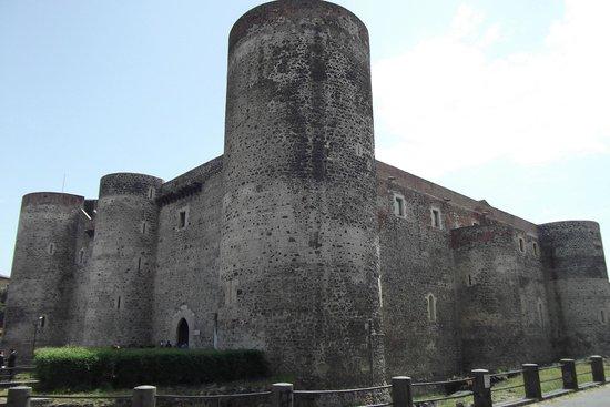 Museo Civico Castello Ursino : Castello Ursino
