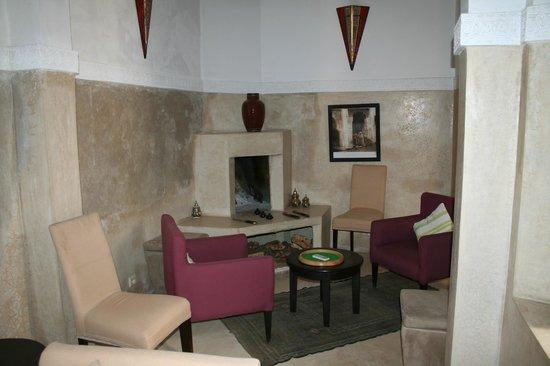 Riad Olema & Spa: Salon intérieur