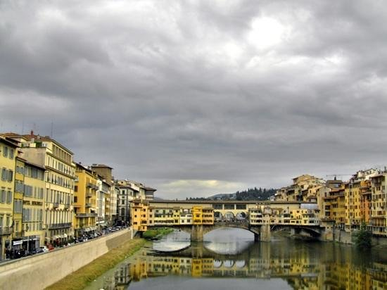 Guided Florence Tours : Ponte Vecchio in Florence.