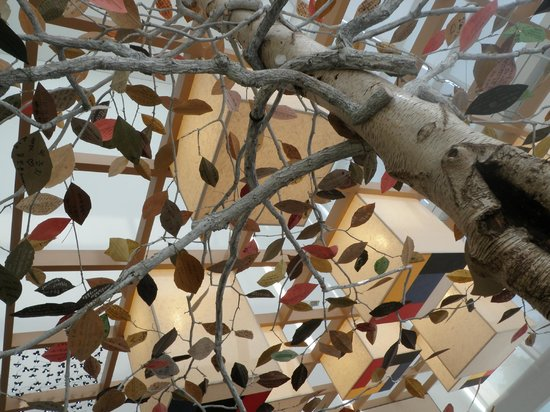 Gwangju Museum of Art: A tree in the cafe