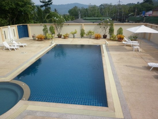 Suwanpupa Hotel: Swimming Pool Area