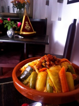 Riad Mirage: couscous with chicken and vegs