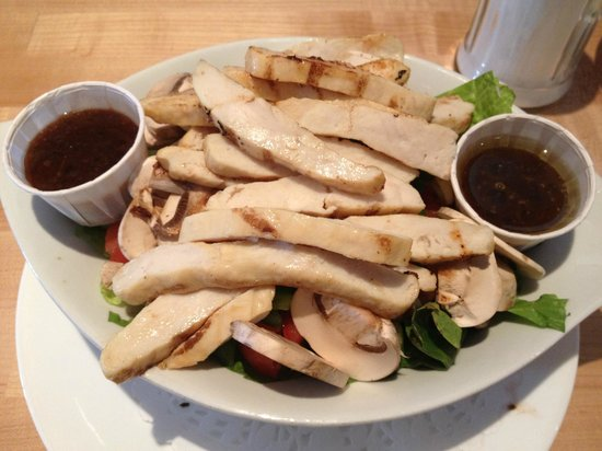 Driftwood Take Out: garden salad with chicken breast!