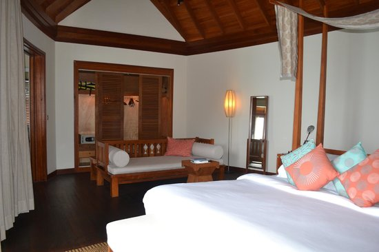 Anantara Dhigu Maldives Resort: Living room area