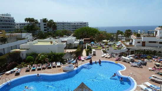 Los Geranios : Another Pool & Sea View From A210