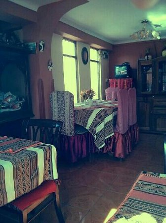 Casa Hospedaje Hatun Quilla : lovely small hostel, with simple breakfast!