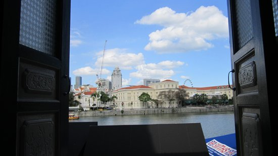 Prince of Wales Backpacker - Boat Quay : Window View