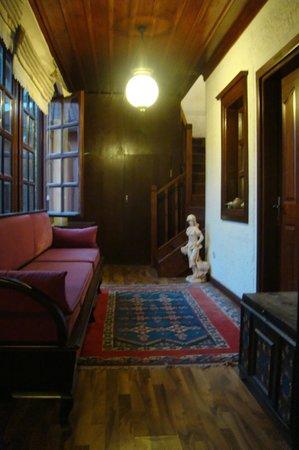 Otantik Butik Otel: Hotel interior