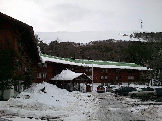 Hotel Antillanca: the front parking lot