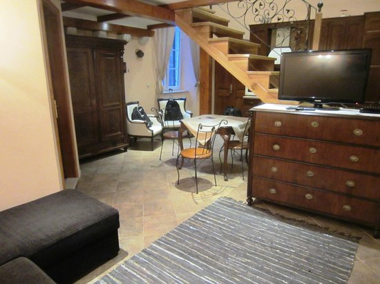 Amoret Apartments: Sitting area of Royal apartment