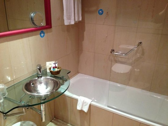 Hotel Ateneo Puerta del Sol: bagno