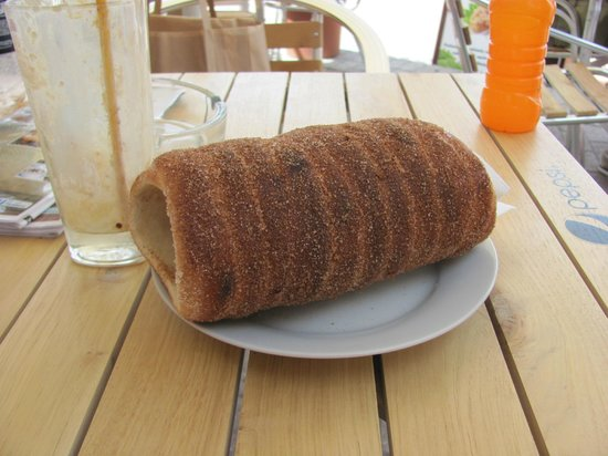 Chimney Cakes: A cinnamon coated Chimney Cake