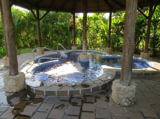 Arenal Manoa Hotel: jacuzzi