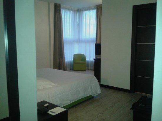 Park Hotel Cassano: Camera Ampia