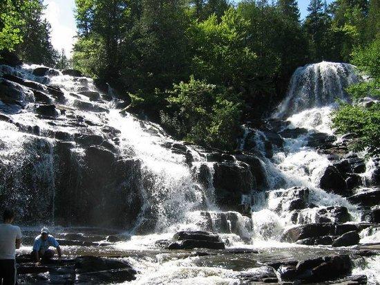 Saint-Mathieu-du-Parc, Canada: Chutes Weber