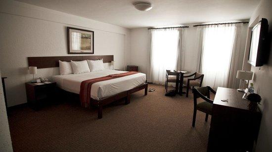Tierra Viva Arequipa Plaza Hotel: 3rd floor room overlooking central courtyard