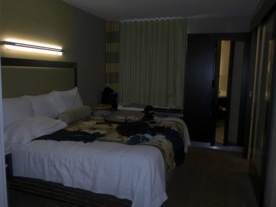 SpringHill Suites Toronto Vaughan : Bedroom ... please forgive the mess, we were getting ready for a wedding! ;)