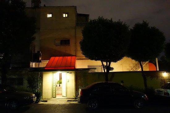 Armenian Club: outside
