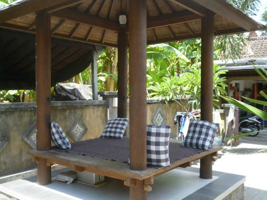 Manis Homestay Amed Bali: Le kiosque musical