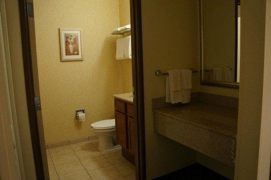 Fairfield Inn & Suites Lafayette : SdB