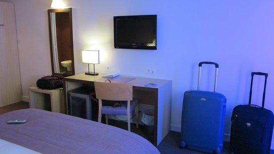 Holiday Inn Blois Centre : Room - take 2