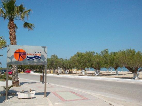 Tigaki Beach Hotel: Hoteleingang, Strand vor dem Hotel
