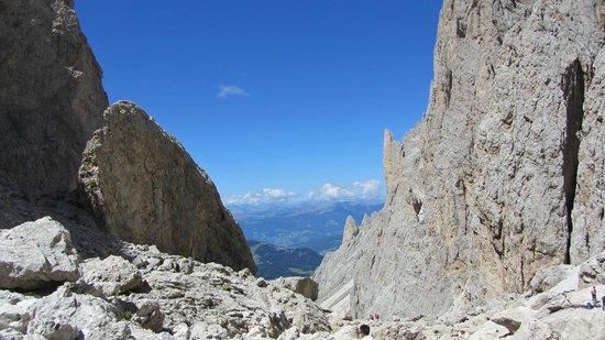 Telecabina del Passo Sella: Vista verso L'Alpe di Siusi
