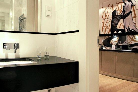 H15 Boutique: Superior Suite