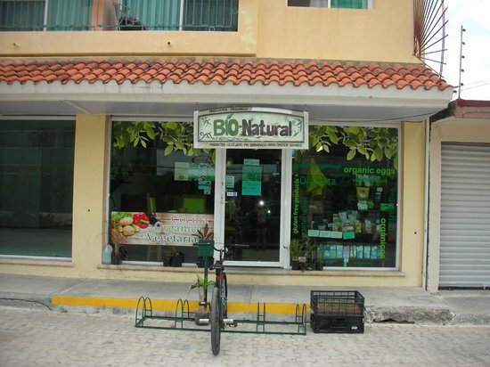 BIO-Natural : The front of the store; towards the end of the popular shopping district of 5th ave.