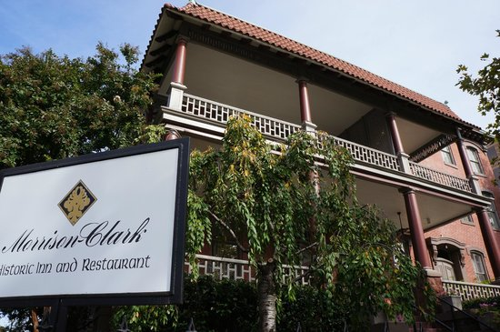 Morrison-Clark Historic Inn & Restaurant: Extérieur