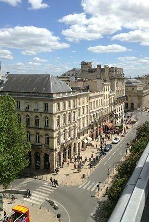 Hotel de Normandie : Add a caption