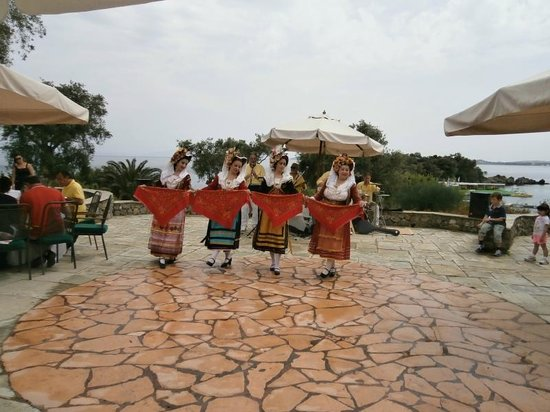 Grecotel Corfu Imperial: After the Easter lunch by the pool, local folk band
